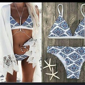 Other - Resort tropical Mediterrainean print cheeky bikini